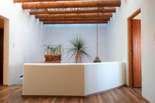 Casa en dos niveles y terraza en renta Col. Cuajimalpa de Morelos.